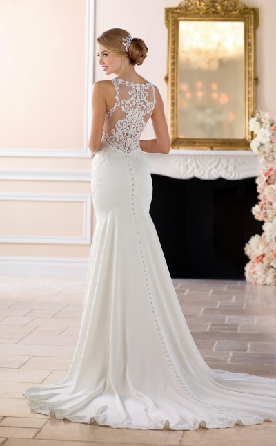A picture of the back of the Stella York 6404 wedding dress, modelled in Northampton