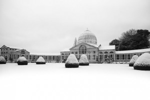 An image of a popular wedding venue in the winter, covered in snow.